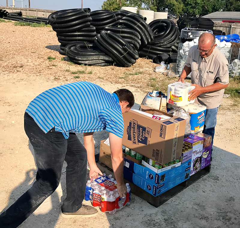 Jimmy Drake and Cody Fox of Iteris teamed up with Lori Drake and Quinn Kupish of Fortiline Waterworks and travelled to Beaumont, TX with supplies.
