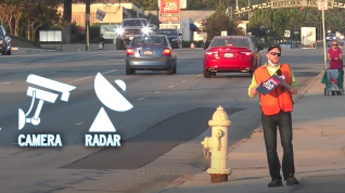"Ask the Experts: How Do Stop Lights ""See"" Your Car (To Turn Green)?"