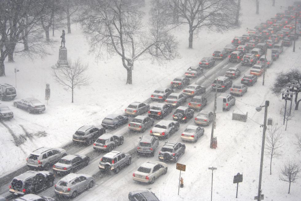 Heavy traffic in the snow
